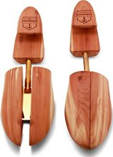 HoundsBay Mens Cedar Shoe Tree with Wide Heel and Adjustable Split Toe